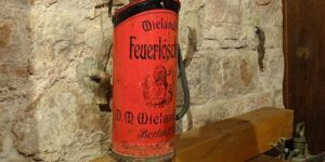Alter Feuerlöscher